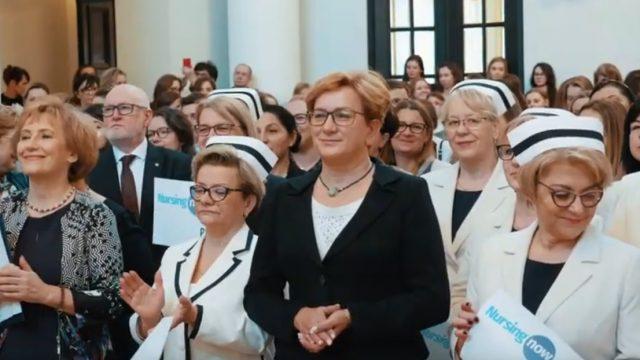 """Międzynarodowa Kampania """"Nursing Now"""" Polska"""